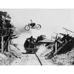 Mural decorativo moto y tren