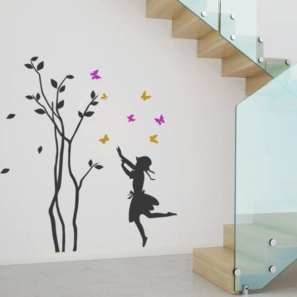 Vinilo infantil árbol y mariposas