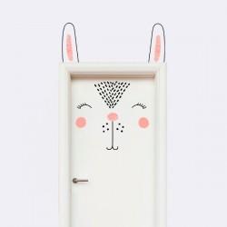 Vinilo puerta conejo