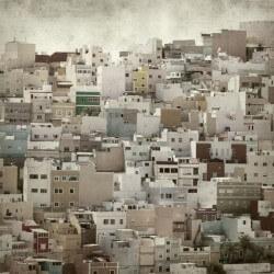 Mural casas en las montañas