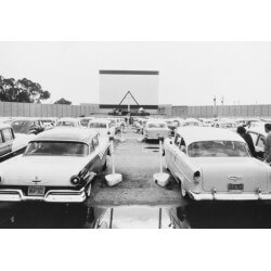 Mural años 70 cine aire libre
