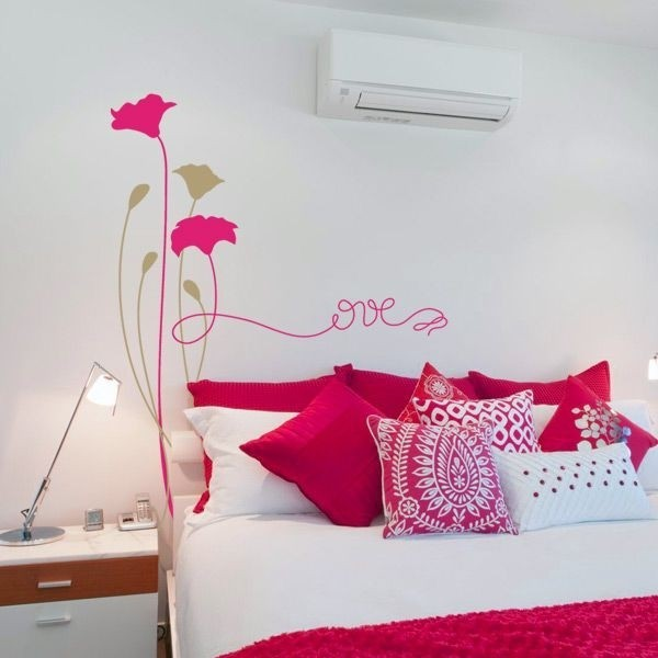 Vinilo de pared flor love