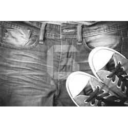 Fotomural vaqueros y zapatillas