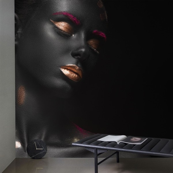 Fotomural mujer de negro