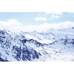 Mural nieve en las montañas