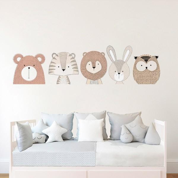 Vinilo bebé oso y sus amigos