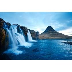 Fotomural cascada en las montañas