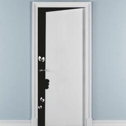 Vinilo decorativo puerta entreabierta 2